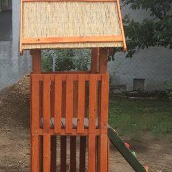 Kis torony (Akácfa játszótér) rönk